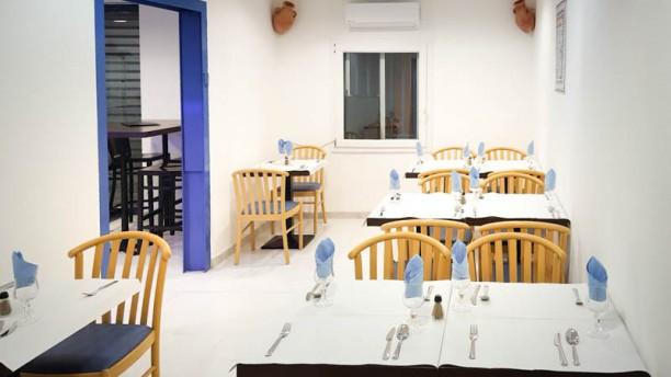 restaurant plan te couscous marseille. Black Bedroom Furniture Sets. Home Design Ideas