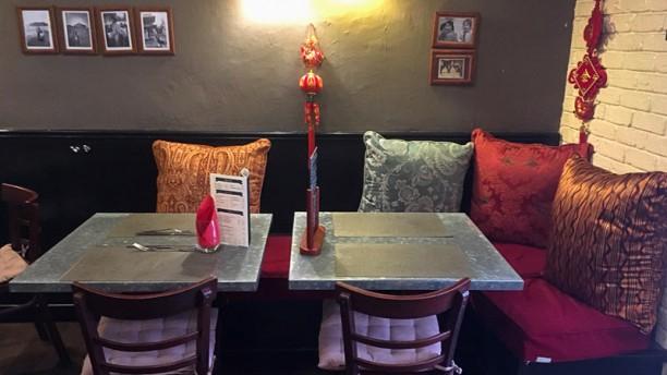 restaurant chinois marseille. Black Bedroom Furniture Sets. Home Design Ideas