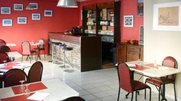 restaurant marseille pas cher. Black Bedroom Furniture Sets. Home Design Ideas